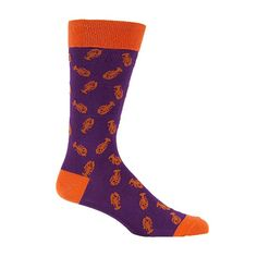 Greg looooves crazy socks almost as much as he loves the Cape. These lobster-print socks are perfect. Crab Shack, Crazy Socks, Dress Socks, Cole Haan, Bag Accessories, Maine, Man Shop, Dinner, My Style