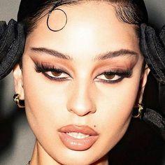 90s Makeup Look, Edgy Makeup, Makeup Eye Looks, Prom Makeup, Pretty Makeup, Makeup Inspo, Skin Makeup, Makeup Art, Makeup Inspiration