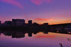 Magic Moment / Rosslyn, Virginia / December 2014 https://www.facebook.com/goodallphoto