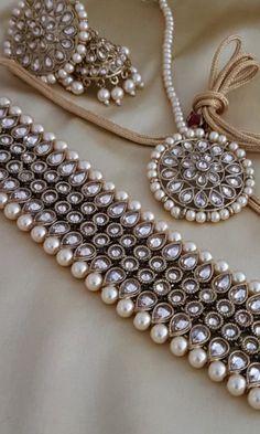 Antique Jewellery Designs, Fancy Jewellery, Stylish Jewelry, Fashion Jewelry, Diamond Jewellery, Fashion Bracelets, Jewelry Design Earrings, Necklace Designs, Indian Jewelry Sets
