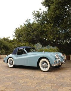 1956 Jaguar XK140 Drophead Coupé