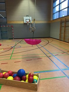 Education and so on .: Gym activities: Umbrella throwing - Education and so on …….