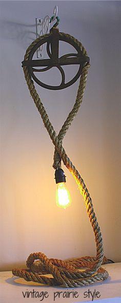 Coup de cœur : une lampe corde et poulie