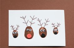24 Christmas Crafts for Kids » Reindeer Thumbprint Christmas Card. Fun for the whole family