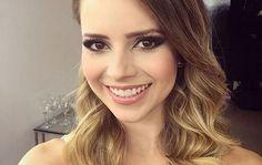 Com maquiagem incrível, Sandy recebe mais de 134 mil likes na web   Ofuxico