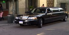 Lincoln Town Car Stretched Limousine in HOW I MET YOUR MOTHER: SOMETHING NEW (2013) @lincolnmotorco Comedy Tv Series, Lincoln Town Car, How I Met Your Mother, I Meet You, Entertaining, Funny