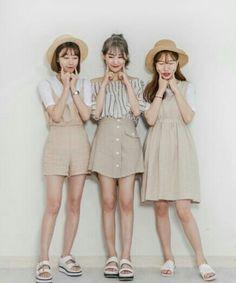 Korean Fashion – How to Dress up Korean Style – Designer Fashion Tips Cute Fashion, Look Fashion, Girl Fashion, Fashion Outfits, Womens Fashion, Korean Fashion Trends, Korea Fashion, Asian Fashion, Korean Outfits