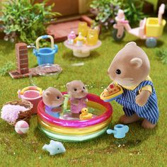 Everything about this is precious. Doll Crafts, Fun Crafts, Crafts For Kids, Beanie Babies, Accessoires Lps, Kawaii, Sylvanian Families House, Sylvania Families, Calico Critters Families