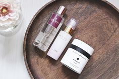 New skincare feat Pestle & Mortar Hydrate Moisturiser Love Your Skin, Beauty Review, Moisturiser, Glowing Skin, Concealer, Whiskey Bottle, Skincare, Cosmetics, Makeup