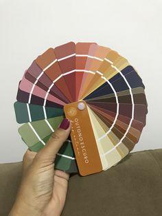 Soft Classic Kibbe, Deep Autumn Color Palette, Dark Autumn, Color Me Beautiful, Looks Vintage, Fashion Colours, Body Works, Style Inspiration, Decor