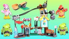 Angry Birds LEGO set featured in this video: Pig City Teardown The piggies are in Pig City, trying to hide eggs everywhere. Launch the birds using the catapu. Robin, Tire Swings, Barnyard Animals, Lego Toys, Bird Toys, Creative Thinking, Stop Motion, Angry Birds, Play Houses