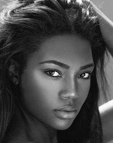 20 most beautiful black women in the world 2015 Beautiful Black American Top 10 Most Beautiful Black Women In the World 2016 Dark Skin Beauty, Beauty Portrait, My Black Is Beautiful, Simply Beautiful, Gorgeous Lady, Beautiful Curves, Absolutely Gorgeous, Ebony Beauty, Black Girls Rock