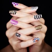I like this picture also because it is cool to see what other people can do with nail polish!