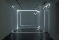 By Pablo Valbuena // Puntos de fuga / Vanishing points Solo exhibition at Max Estrella Site-specific installations Sept – Oct 2010