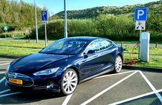 Intelligente stroomverdeler maakt sneller laden elektrische auto's mogelijk