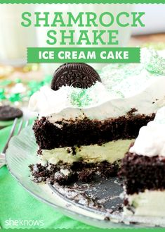 This Shamrock Shake ice cream cake recipe will be your new favorite treat