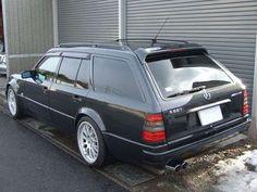 W124 mercedes E60 amg (v8)