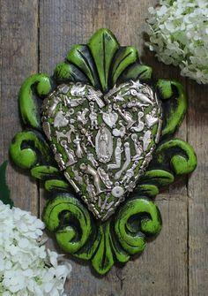 Mexican Crafts, Mexican Folk Art, Chiffon Flowers, Arte Popular, Baroque Fashion, Heart Art, Sacred Heart, Our Lady, Mayo
