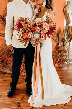 Vibrant coral styled shoot with retro touches - Chic & Stylish Weddings Bouquet Bride, Ribbon Bouquet, Boho Wedding Bouquet, Bridal Bouquet Fall, Wildflower Bridal Bouquets, Rustic Bouquet, Diy Bouquet, Fall Wedding Flowers, Fall Wedding Colors