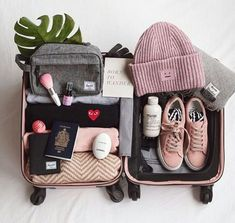 Packing for backpacking trip – Travel Packing Travel Bag Essentials, Packing Tips For Travel, New Travel, Travel Style, Travel Fashion, Vacation Packing, Summer Travel, Luxury Travel, Travel Luggage