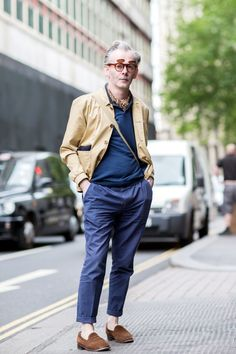 Glasses that double as shades? We can get behind that. #refinery29 http://www.refinery29.com/london-mens-fashion#slide-17