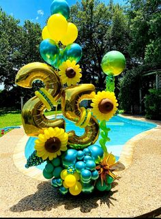 Sunflower Birthday Parties, 60th Birthday Party Decorations, Balloon Decorations Party, Birthday Ideas, Birthday Balloon Surprise, Birthday Balloons, Balloon Flowers, Balloon Bouquet, Party Ballons