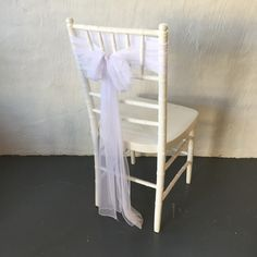 beautiful white tulle chair sashes.. Chair Sashes, White Tulle, Ladder Decor, Table, Beautiful, Home Decor, Decoration Home, Room Decor, Tables
