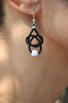 Leather and Pearl Earrings 1 Pearl Friendship Knot Black. $34.00, via Etsy.