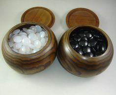 Weiqi pieces
