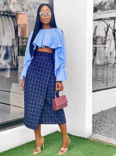 Starting the week with this outfit from 💙💙💙 - bag ❤️❤️ Black Girl Fashion, Star Fashion, Look Fashion, Fashion Outfits, Womens Fashion, Fashion Styles, African Print Fashion, African Fashion Dresses, Ankara Fashion