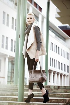 Italian Leather Handbags, Fall Winter, Chic, Collection, Style, Fashion, Totes, Shabby Chic, Moda