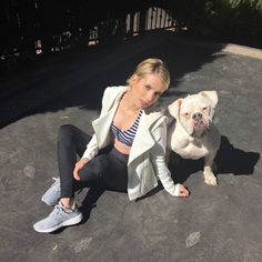 Emma and pug Chanel, Evan Peters, Emma Roberts, American Horror Story, Latest Pics, Celebrity Pictures, In Hollywood, American Actress, Hot Girls