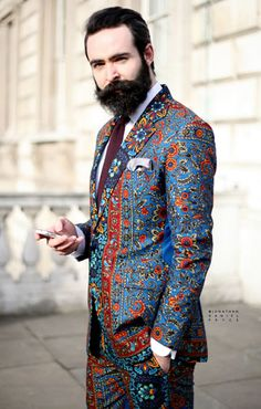 Chris - a pillar of style and ambassador for East London brand Dent de Man, designer of the superb suit he sports above. Suit Fashion, High Fashion, Mens Fashion, Fashion Tips, Beard Fashion, African Men, African Fashion, Estilo Cool, London Brands