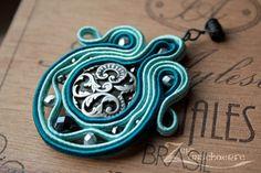 Zeitunschaerfe | Steampunk & Perlenkunst: Bàllajus; Soutache embroidery