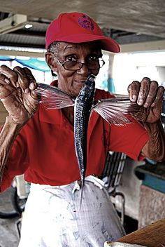 #Fish vendor, Flying Fish     -   http://vacationtravelogue.com For Hotels-Flights Bookings Globally Save Up To 80% On Travel   - http://wp.me/p291tj-5x