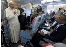 #PopeFrancis concludes Africa trip with in-flight press briefing - Vatican Radio