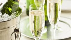 Samppanjan juominen saattaa ehkäistä dementiaa