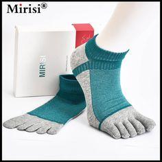 Best selling combed cotton  casual toe separation socks boy's five finger socks