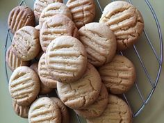 Golden syrup biscuits. Baking Recipes, Cookie Recipes, Good Food, Yummy Food, Tasty, Cook Up A Storm, Biscuit Cookies, Cake Cookies, Golden Syrup
