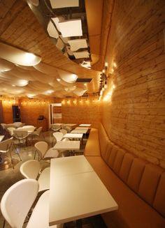 Restaurant+Design:+Dekko+Café+by+Bluarch+Architecture+++Interiors