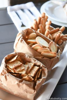 Brown paper bags! How fun for a rustic party, for bread, crackers and toasts
