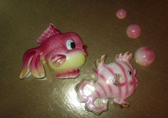 Vintage Bradley Anthropomorphic Jellybean pink fish family wall hanging plaques