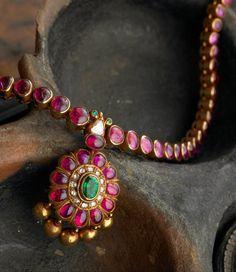 Indian Jewelry and Clothing: Elegant temple ruby jewelry from Arnav jewelers. Ruby Jewelry, Wedding Jewelry, Gold Jewelry, Ruby Necklace, Teardrop Necklace, Tiffany Jewelry, Birthstone Necklace, Glass Jewelry, Necklace Set