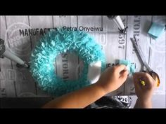 Syropor Kranz aus Spültüchern 30 08 2015 - Diy and Crafts YazYaz. Toilet Paper Flowers, Paper Flowers Diy, Diy And Crafts, Crafts For Kids, Cotton Pads, Christmas Decorations To Make, Door Wreaths, Craft Tutorials, Fabric Crafts