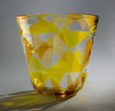 Large vase executed by Barovier & Toso in blown and fused glass with controlled internal bubbles. Designed Circa 1961-63.