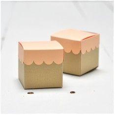 Classic Cube Scallop Top Favor Box