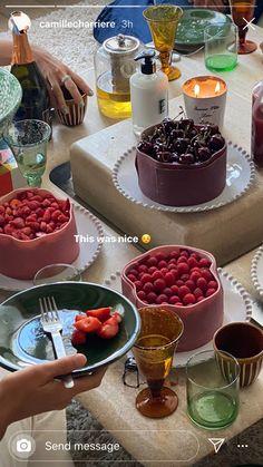 » pinterest; lillianatkinson_ Think Food, I Love Food, Good Food, Yummy Food, Food Porn, Un Cake, Aesthetic Food, Food Cravings, Delish