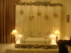 Home decor for the wedding Diy Backdrop, Backdrop Decorations, Indian Wedding Decorations, Backdrops, Wedding Preparation List, Diy Pelamin, Wedding Bedroom, Last Minute Wedding, Marriage Decoration