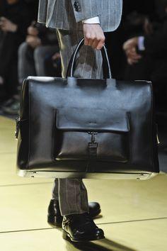 Ermenegildo Zegna Fall 2013 Menswear Fashion Show – Bags Backpack Bags, Leather Backpack, Tote Bag, Fashion Bags, Mens Fashion, Fashion Menswear, Fall Fashion, Big Bags, Leather Accessories