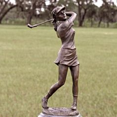 Female Pro Golfer Statue